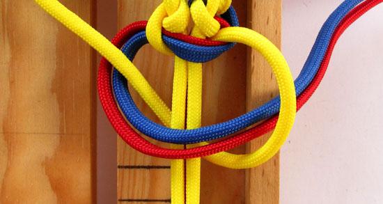 twisted-cobra-paracord-bracelet-tutorial (22 of 27)