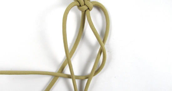 vertical-crown-knot-paracord-cross-tutorial (14 of 27)