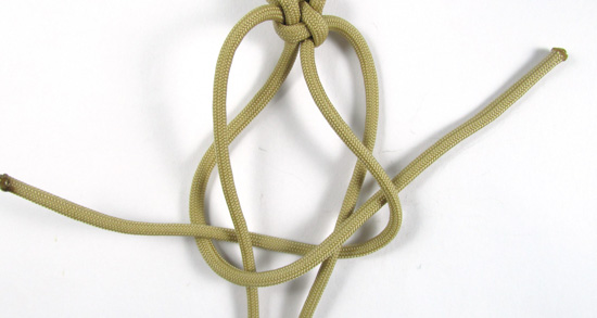vertical-crown-knot-paracord-cross-tutorial (15 of 27)