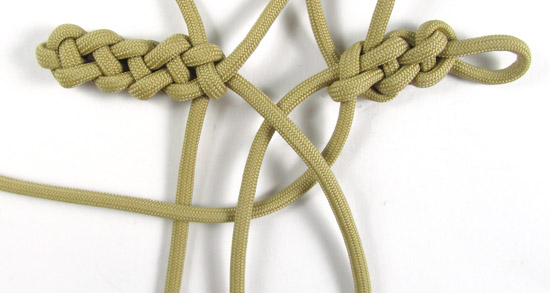 vertical-crown-knot-paracord-cross-tutorial (19 of 27)