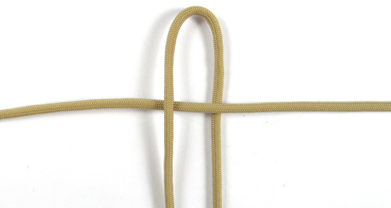 vertical-crown-knot-paracord-cross-tutorial (2 of 27)