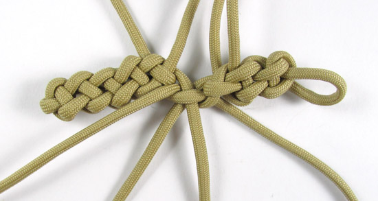 vertical-crown-knot-paracord-cross-tutorial (21 of 27)