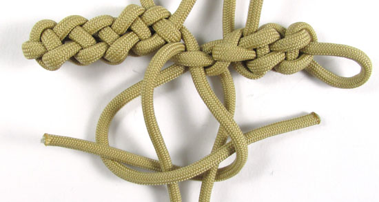 vertical-crown-knot-paracord-cross-tutorial (24 of 27)