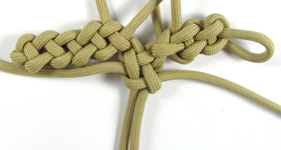 vertical-crown-knot-paracord-cross-tutorial (25 of 27)