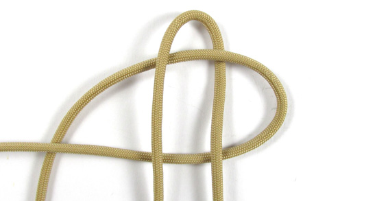 vertical-crown-knot-paracord-cross-tutorial (4 of 27)