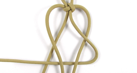 vertical-crown-knot-paracord-cross-tutorial (9 of 27)