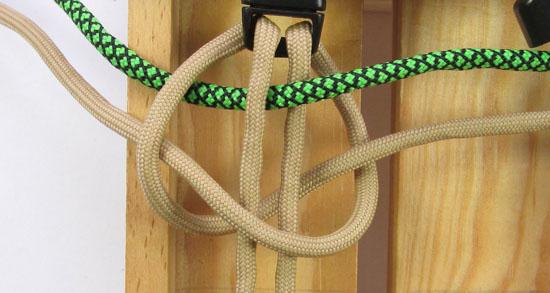 caged-solomon-bar-paracord-bracelet-tutorial (5 of 19)