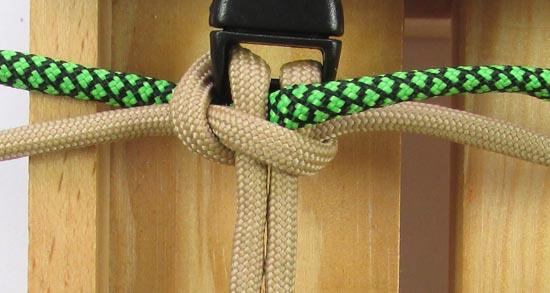 caged-solomon-bar-paracord-bracelet-tutorial (6 of 19)