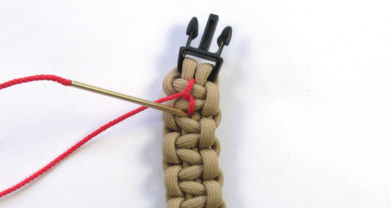 chain-stitched-paracord-bracelet-tutorial (9 of 15)