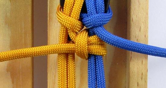 crossed-chain-sennit-paracord-bracelet-tutorial-19-of-28