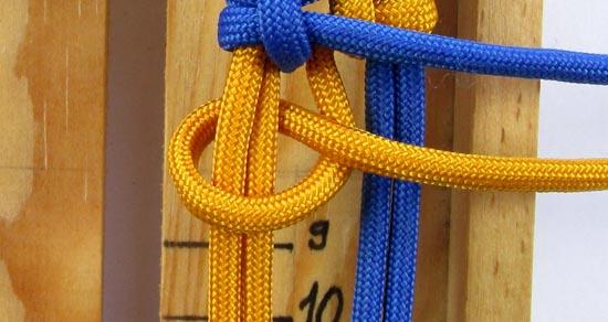 crossed-chain-sennit-paracord-bracelet-tutorial-23-of-28