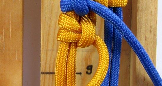 crossed-chain-sennit-paracord-bracelet-tutorial-25-of-28