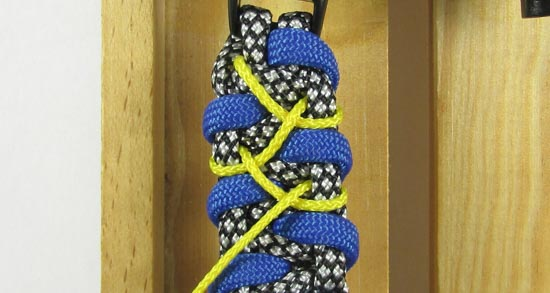stitched-caged-solomon-paracord-bracelet-tutorial-9-of-13