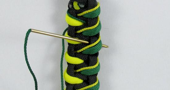 stitched-caged-solomon-paracord-bracelet-v2-tutorial-17-of-19