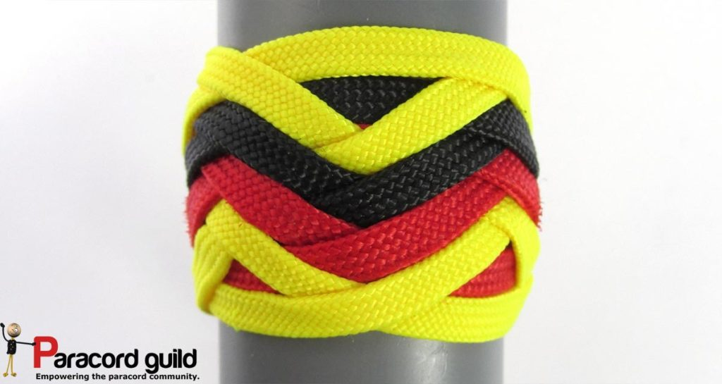 Various country flags can be represented with a 3 color knot.