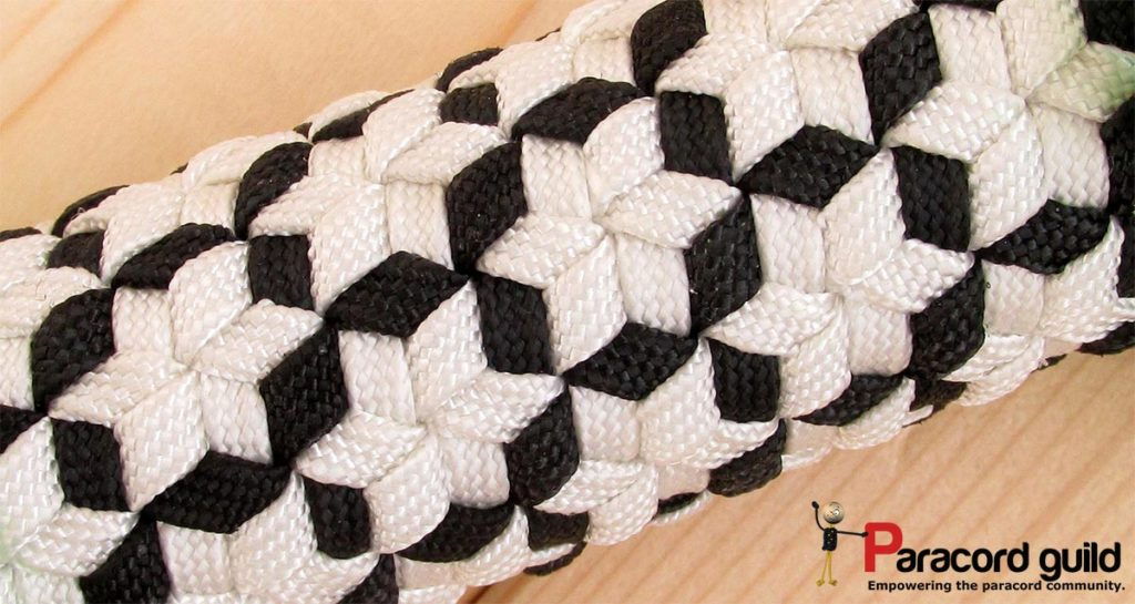star-pattern-triaxial-weave